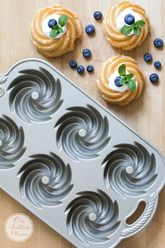 Mini Bundt Cake Pan  Mini Angel Food Bundt Cakes