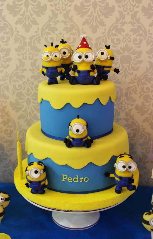 Minion Birthday Cake  Despicable Me Minions Birthday Party Ideas