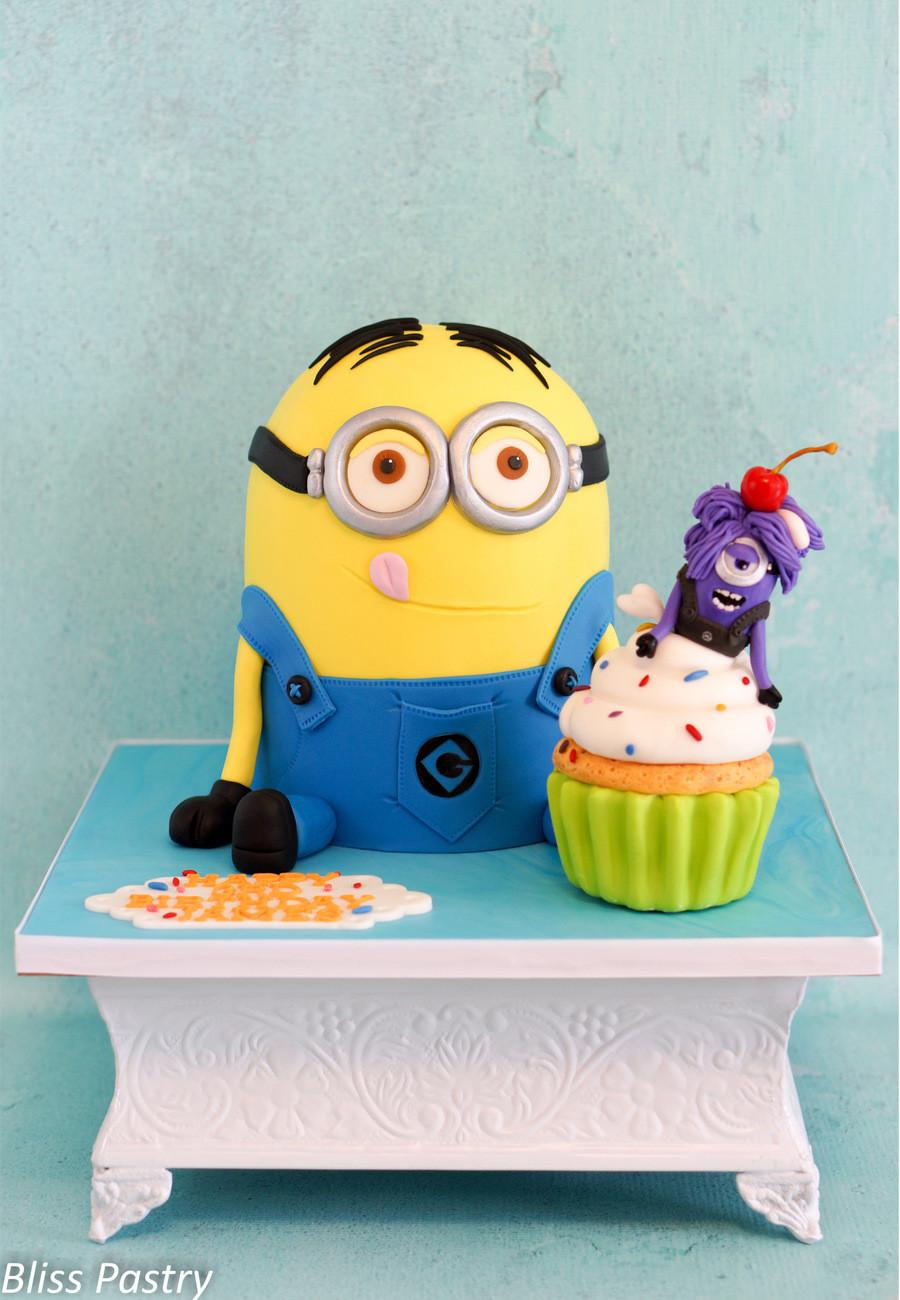 Minion Birthday Cake  Minion Birthday Cake CakeCentral