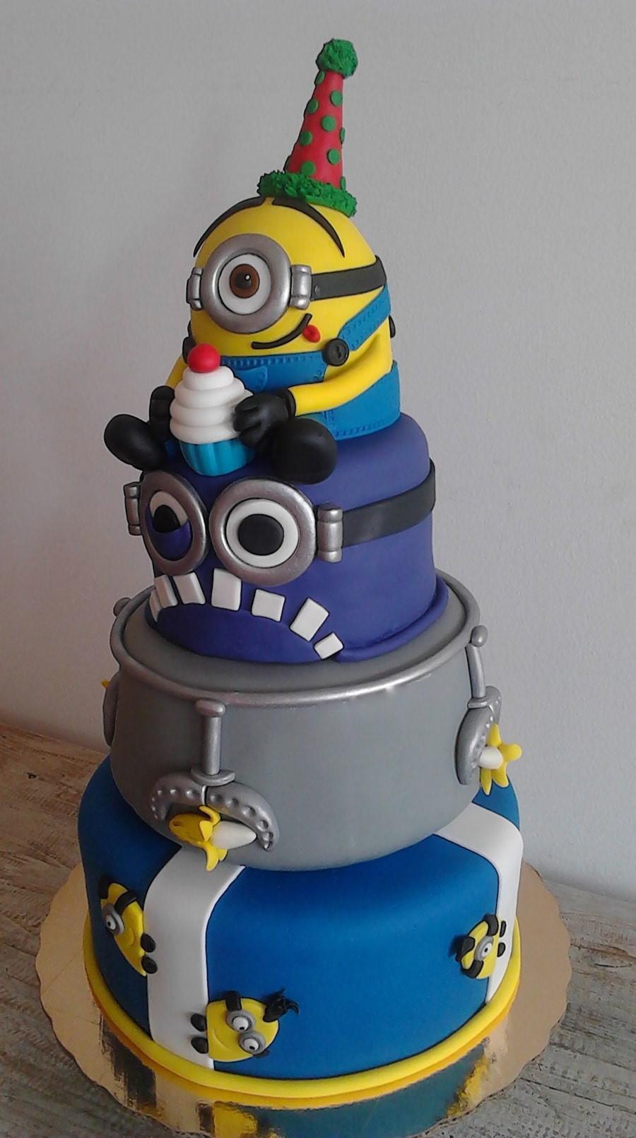 Minion Birthday Cake  10 Amazing Minion Birthday Cakes Pretty My Party Party
