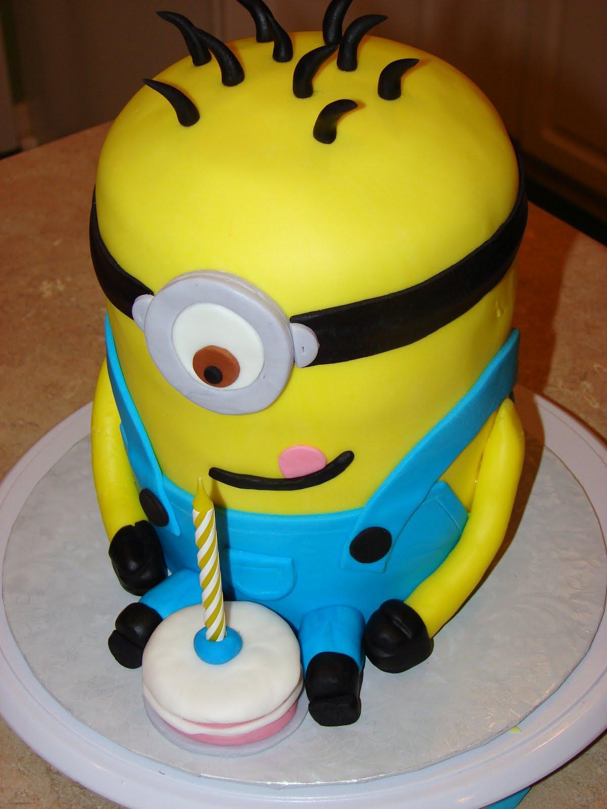 Minion Birthday Cake  Minions Birthday Cakes impremedia