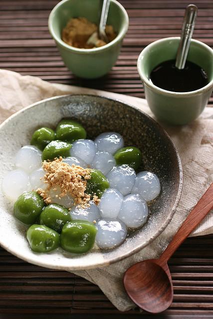 Mochi Japanese Dessert  dessert food japanese food matcha mochi image