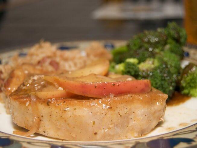 Moist Pork Chops  Juicy Crock Pot Apple Pork Chops Recipe from CDKitchen