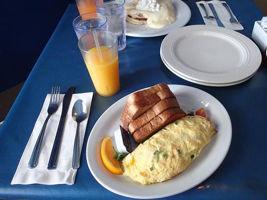 Mokes Bread And Breakfast  Moke s Bread and Breakfast Kailua Menu Prices