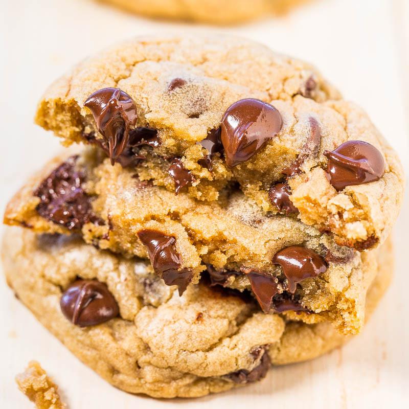 Mrs Fields Chocolate Chip Cookies  Mrs Fields Chocolate Chip Cookies Copycat Averie Cooks
