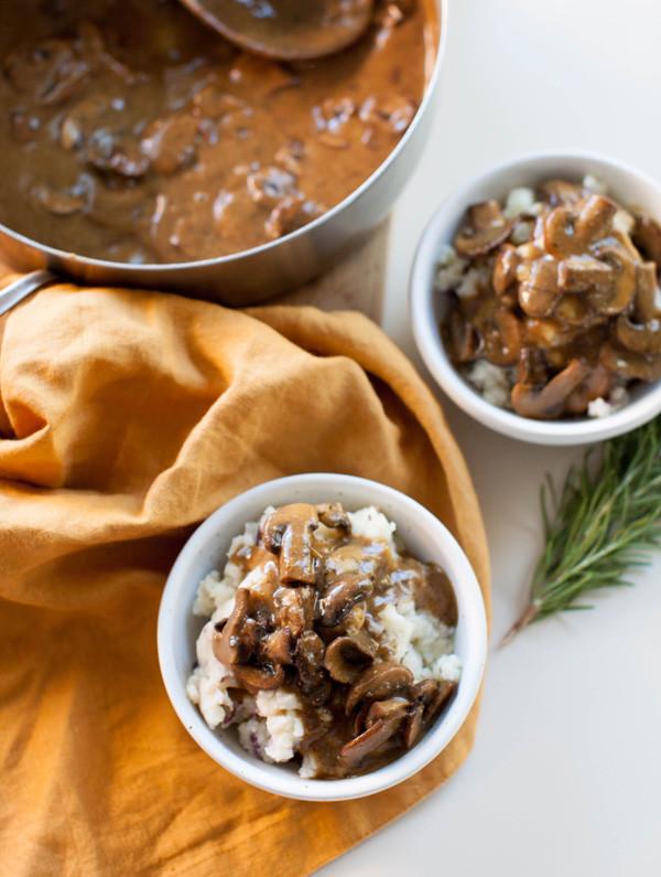 Mushroom Gravy Vegan  Mushroom Gravy & Vegan Mashed Potatoes VIDEO