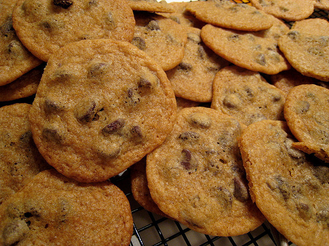 Nestle Toll House Chocolate Chip Cookies  90e3ec2afb z