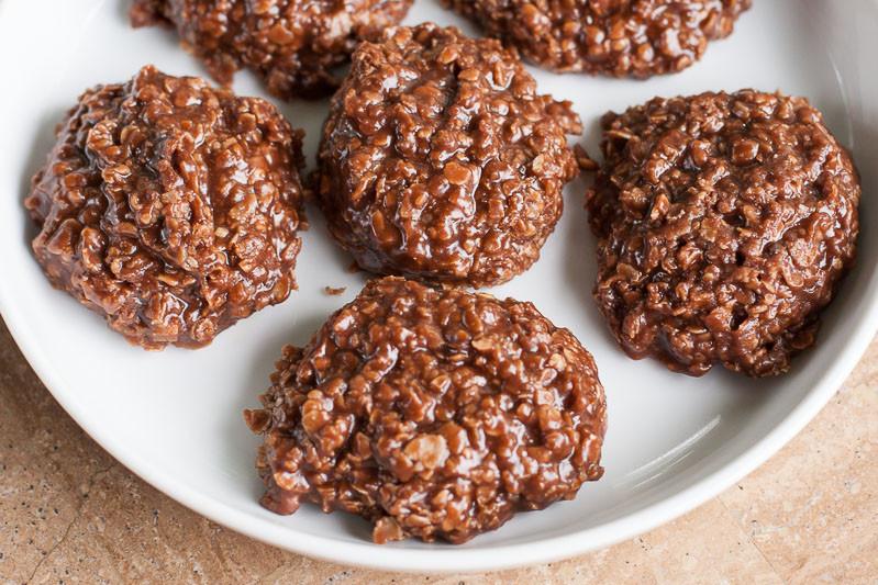No Bake Peanut Butter Oatmeal Cookies  NO BAKE CHOCOLATE PEANUT BUTTER COOKIES