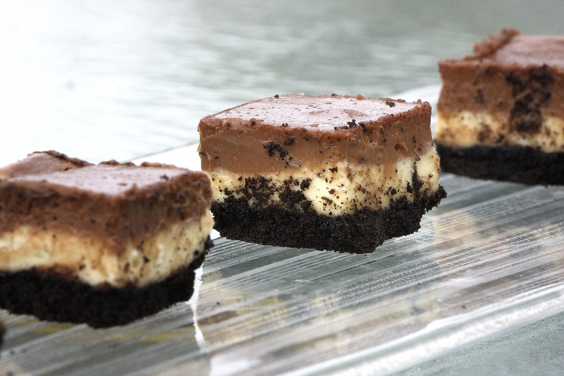 Nutella Dessert Recipes  Nutella Cheesecake Bars livelovepasta