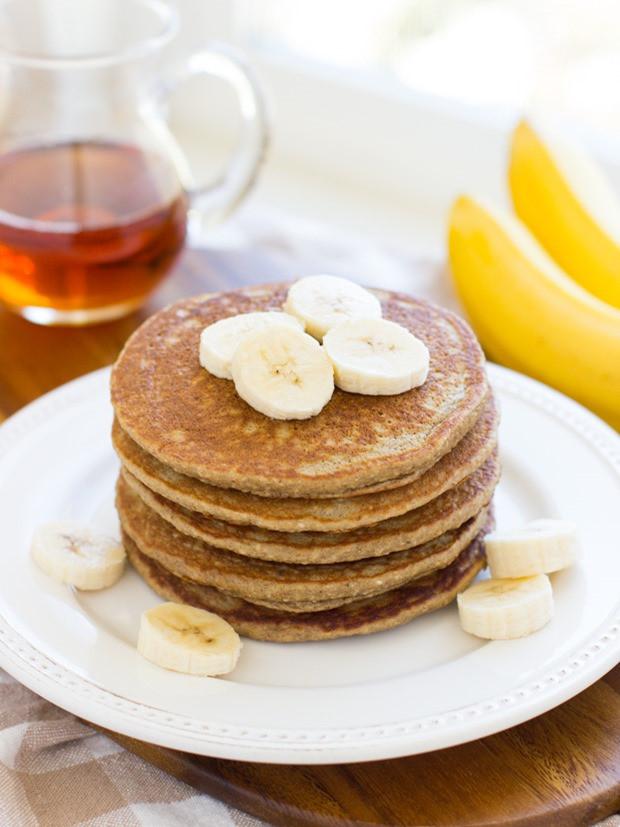 Oatmeal Banana Pancakes  Banana Oatmeal Pancakes Making Thyme for Health