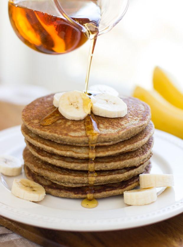 Oatmeal Banana Pancakes  banana oatmeal pancakes blender