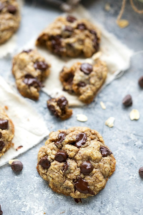 Oatmeal Chocolate Chip Cookies Healthy  The BEST healthy oatmeal chocolate chip cookies