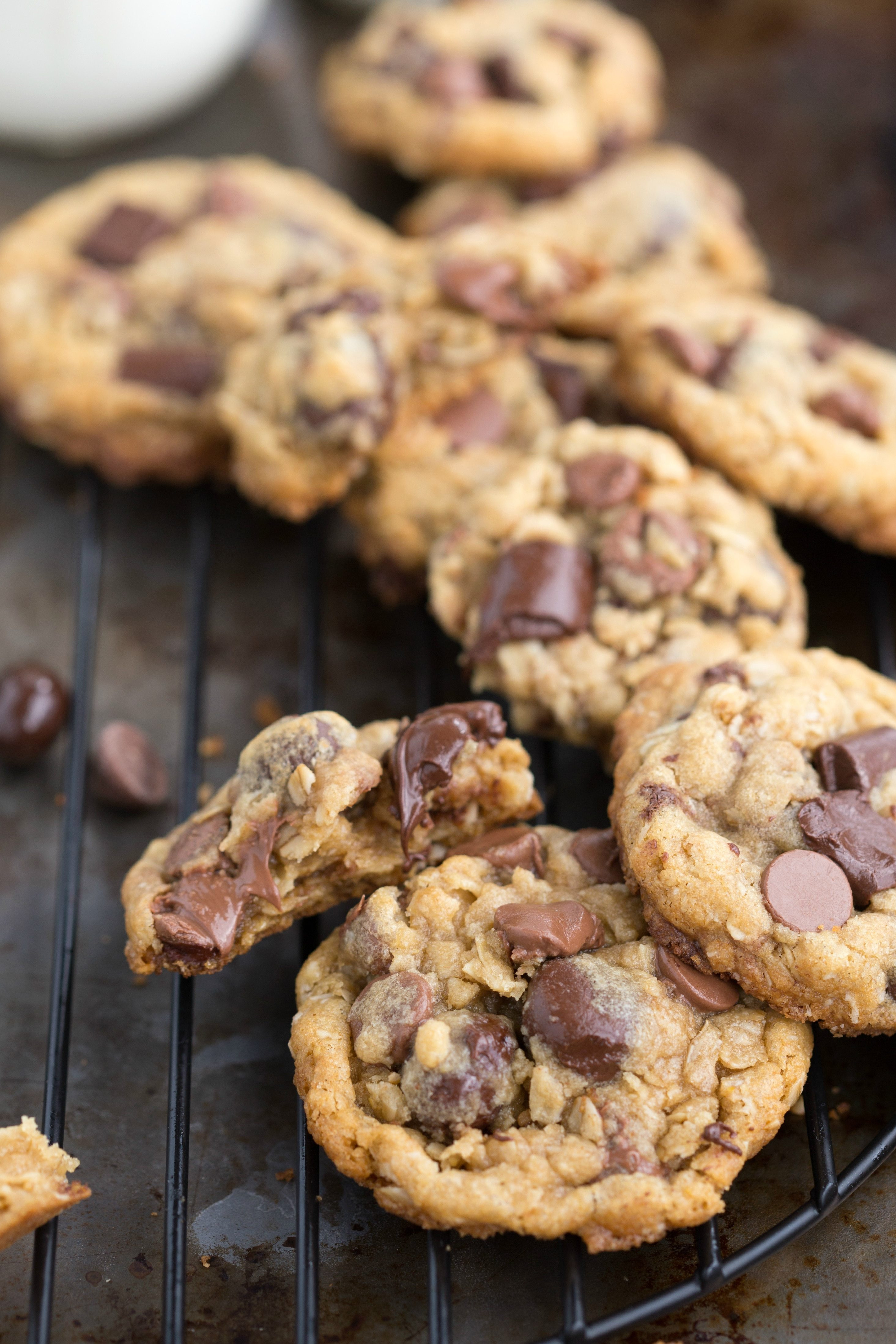Oatmeal Chocolate Chip Cookies Healthy  Healthier Oatmeal Chocolate Chip Cookies with Dark