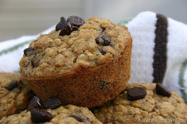 Oatmeal Chocolate Chip Muffins  Oatmeal Chocolate Chip Muffins