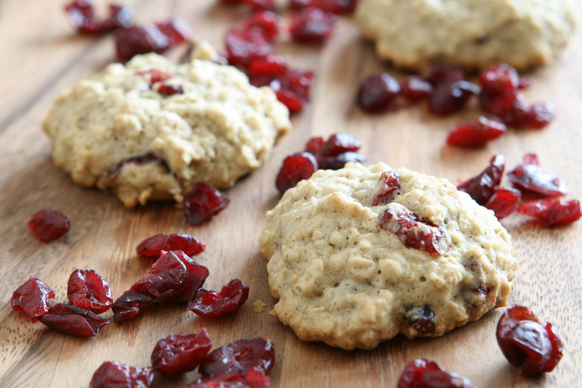 Oatmeal Cranberry Cookies  Healthy Cranberry Oatmeal Cookies