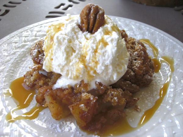 Oatmeal Dessert Recipes  Apple Crisp with Oatmeal Cookie Topping Easy Dessert Recipe