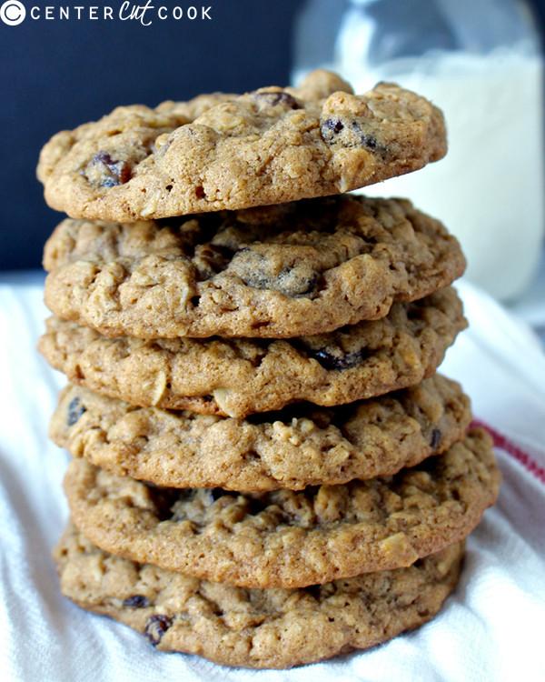 Oatmeal Molassas Cookies  chewy oatmeal raisin cookies with molasses