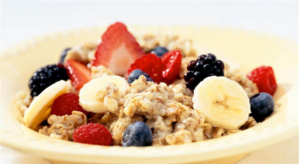 Oatmeal Recipe For Breakfast  Oatmeal Recipe Banana And Berries Oatmeal Recipe For A