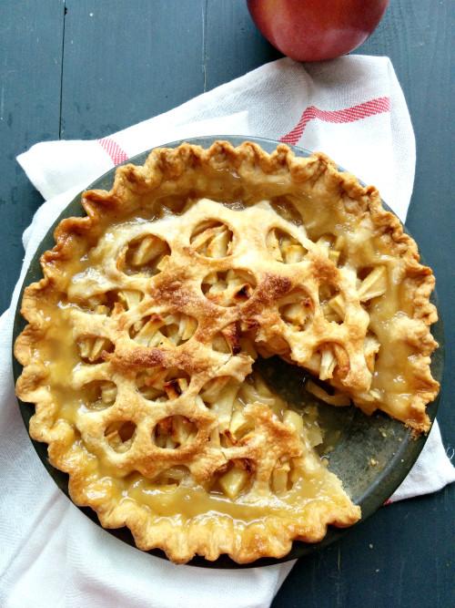 Old Fashioned Apple Pie  Old Fashioned Apple Pie