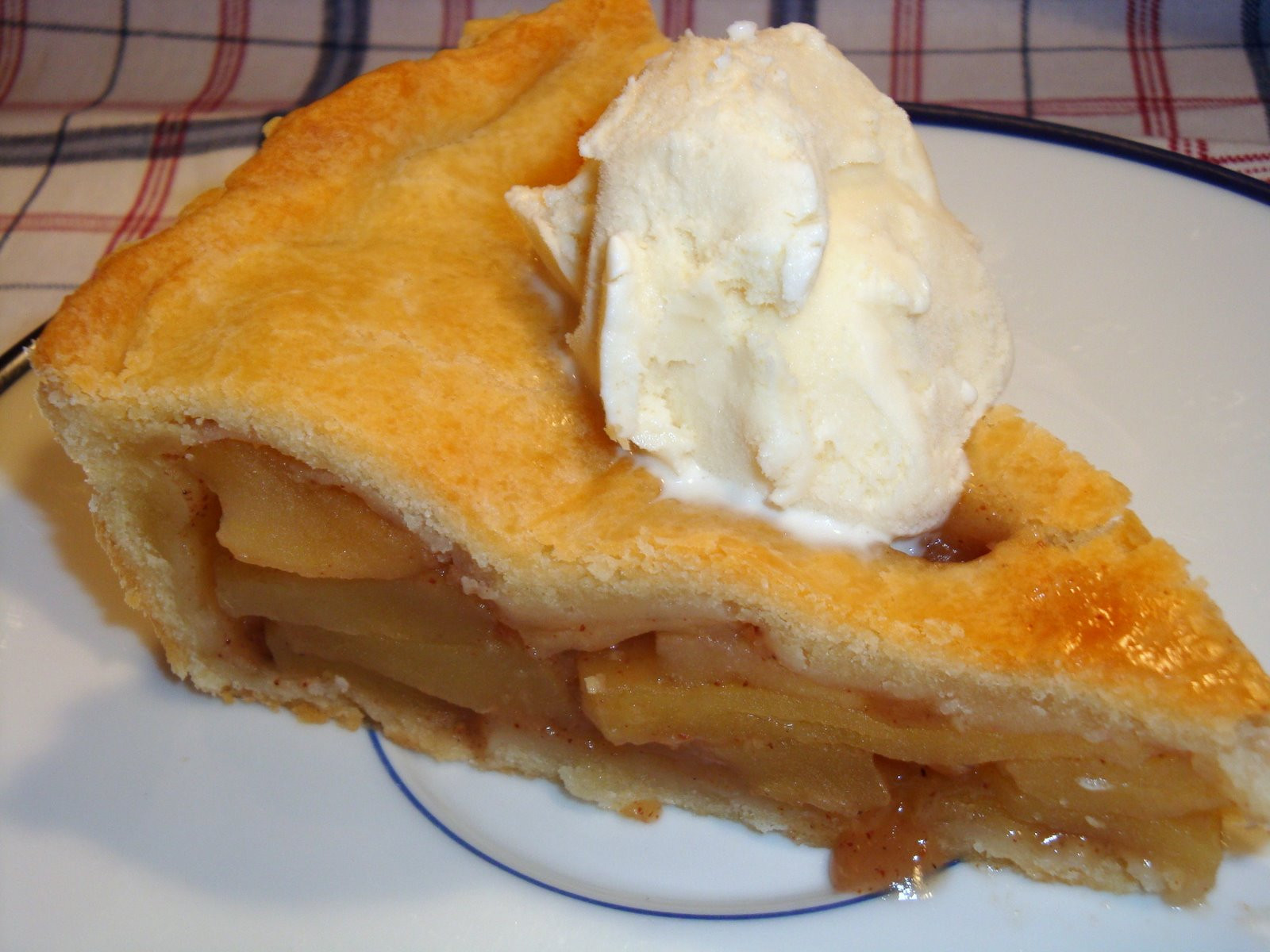 Old Fashioned Apple Pie  Yummy by Emmy Old Fashioned Apple Pie