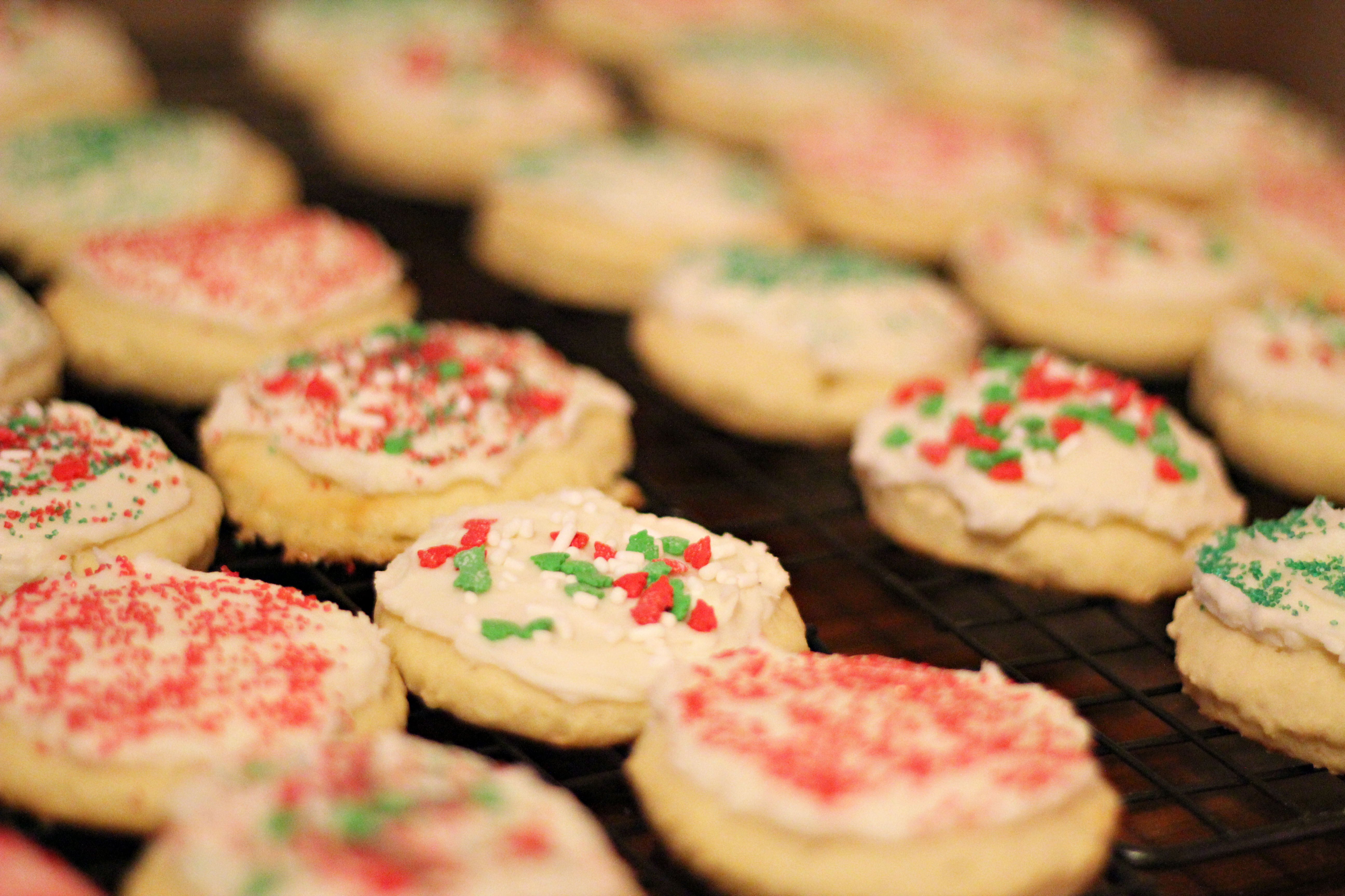 Old Fashioned Christmas Cookies  Frosted Sugar Cookies