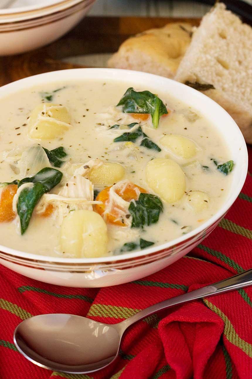 Olive Garden Chicken Gnocchi Soup  Crockpot chicken gnocchi soup Olive Garden copycat