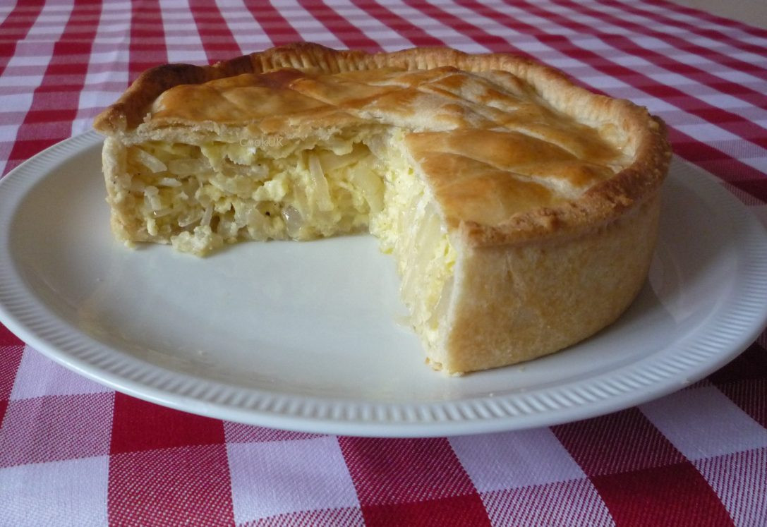 Onion Pie Recipe  Traditional Cheese and ion Pie CookUK