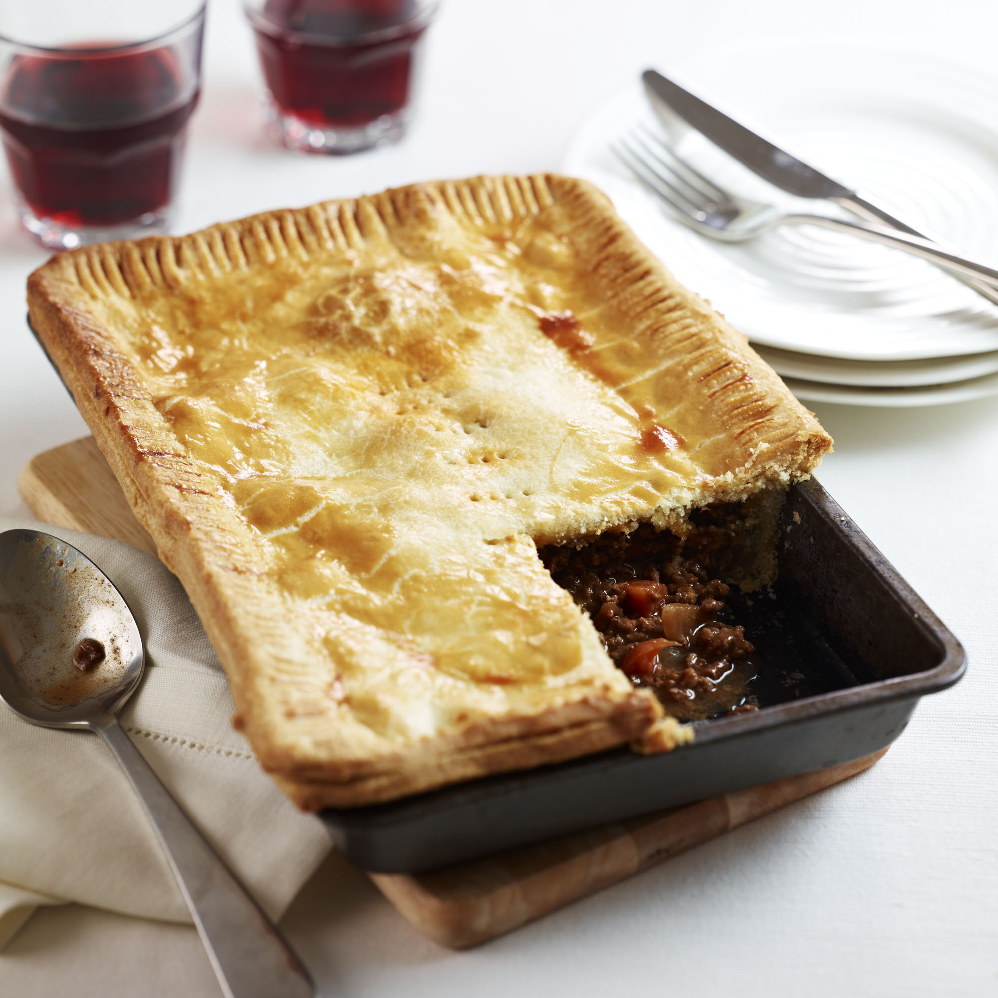 Onion Pie Recipe  Traditional Meat and ion Pie Woman And Home