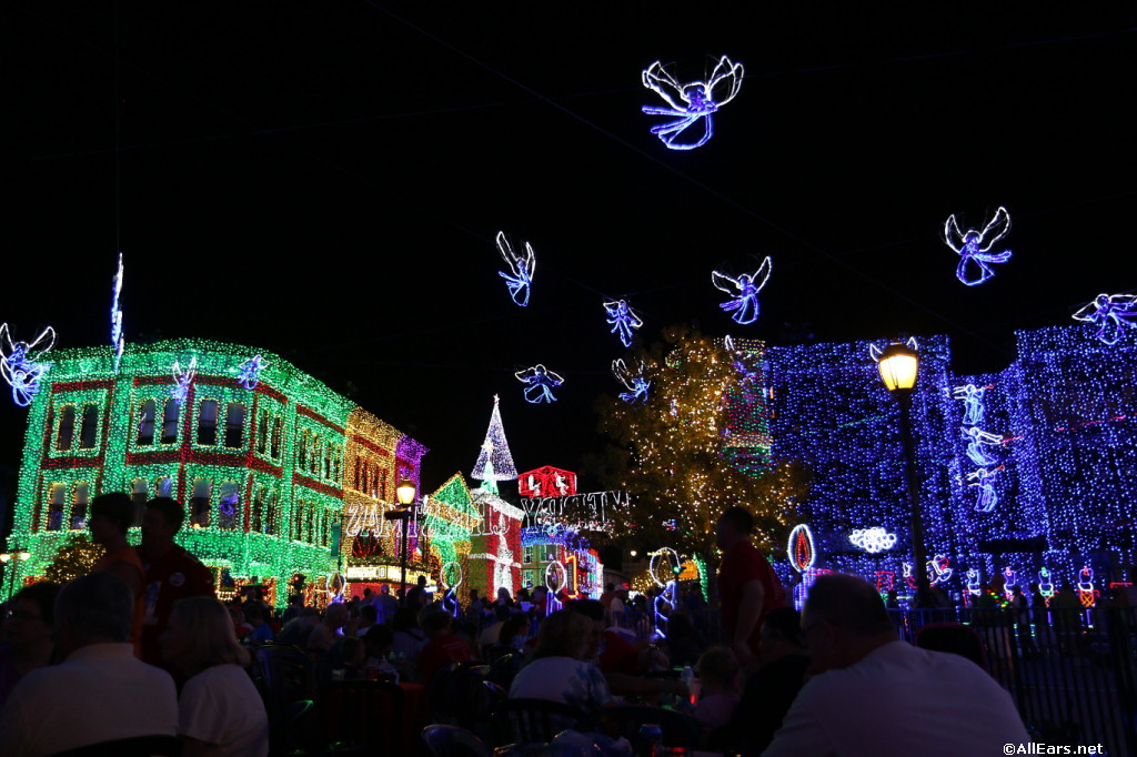 Osborne Lights Dessert Party  All Ears Guest Blog Merry and Bright Dessert Party