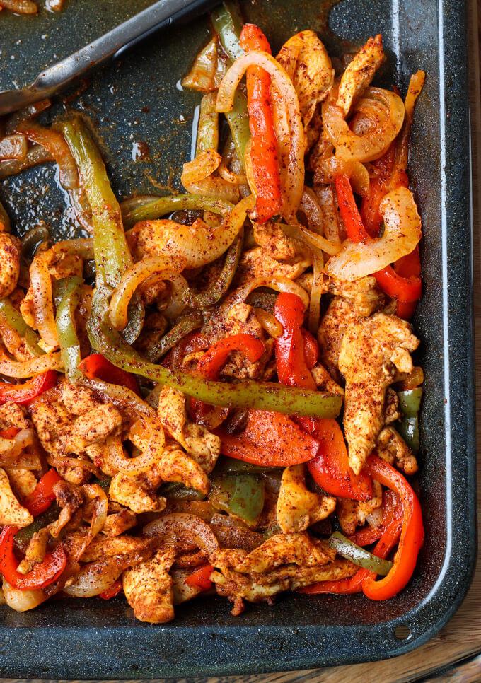 Oven Chicken Fajitas  Chicken Fajitas Lettuce Wraps Oven Baked
