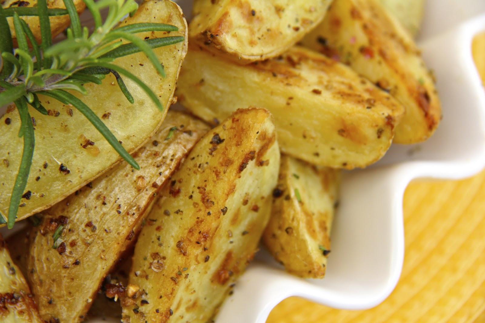 Oven Roasted Baby Potatoes  Super Crisp Oven Roasted Baby Potatoes w Fresh Rosemary