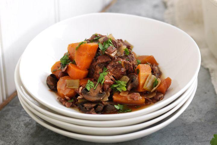 Oxtail Stew Slow Cooker  Slow cooker oxtail stew