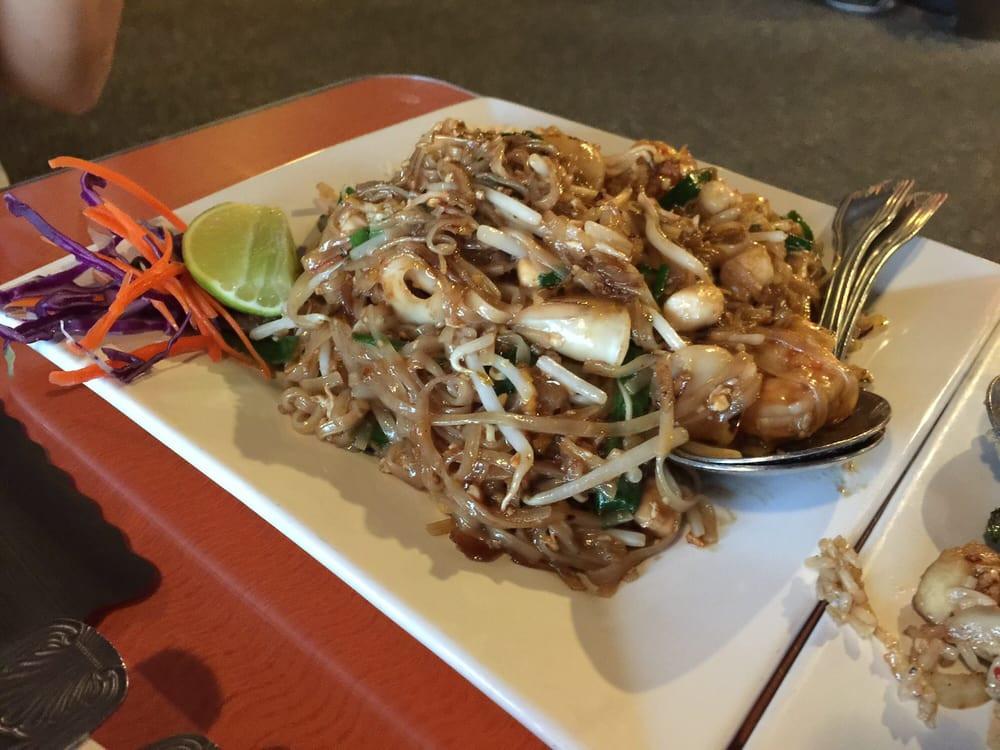 Pad Thai Clovis  s for Pad Thai Restaurant Yelp