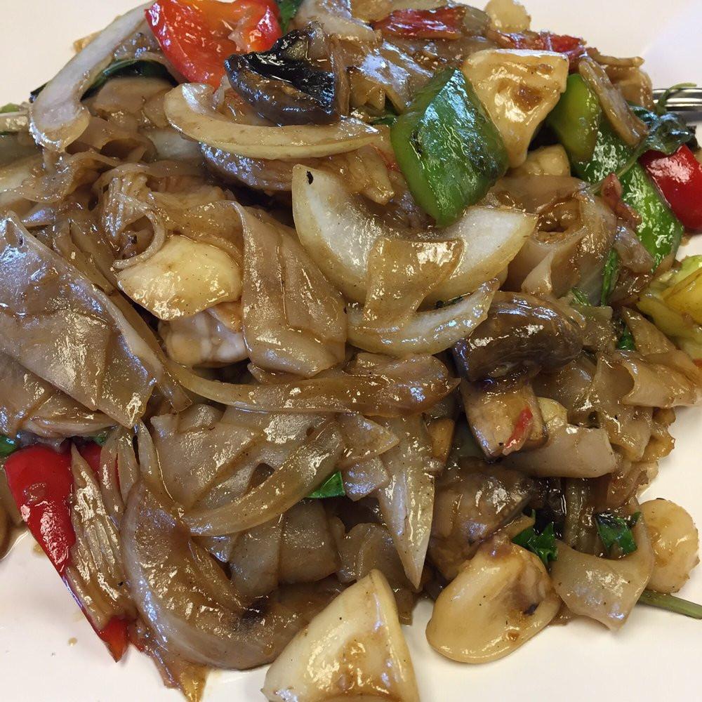 Pad Thai Clovis  Seafood Pad Kee Mao Yelp