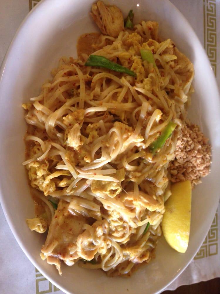 Pad Thai On Grand  Chicken Curry Pad Thai Yelp