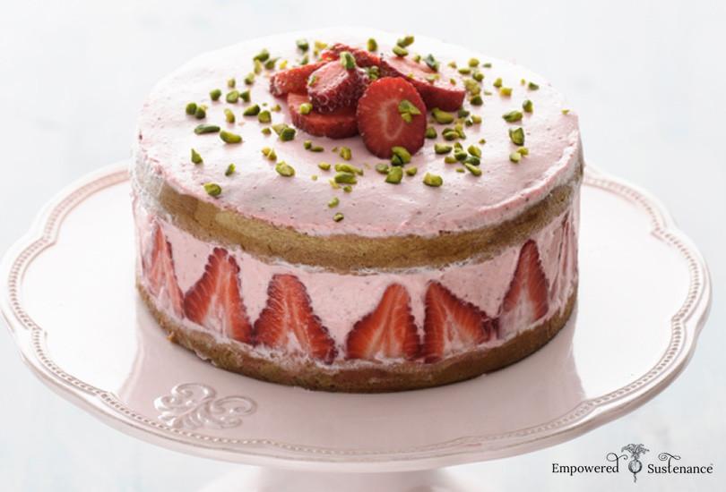 Paleo Birthday Cake  Strawberry Coconut Flour Cake GAPS and Paleo