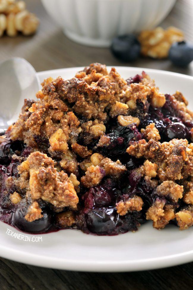 Paleo Blueberry Cobbler  paleo berry crisp