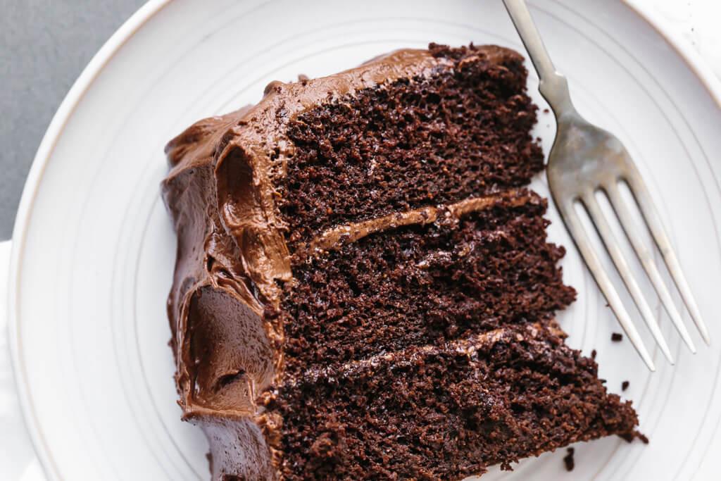 Paleo Cake Recipe  Amazing Paleo Chocolate Cake gluten free dairy free