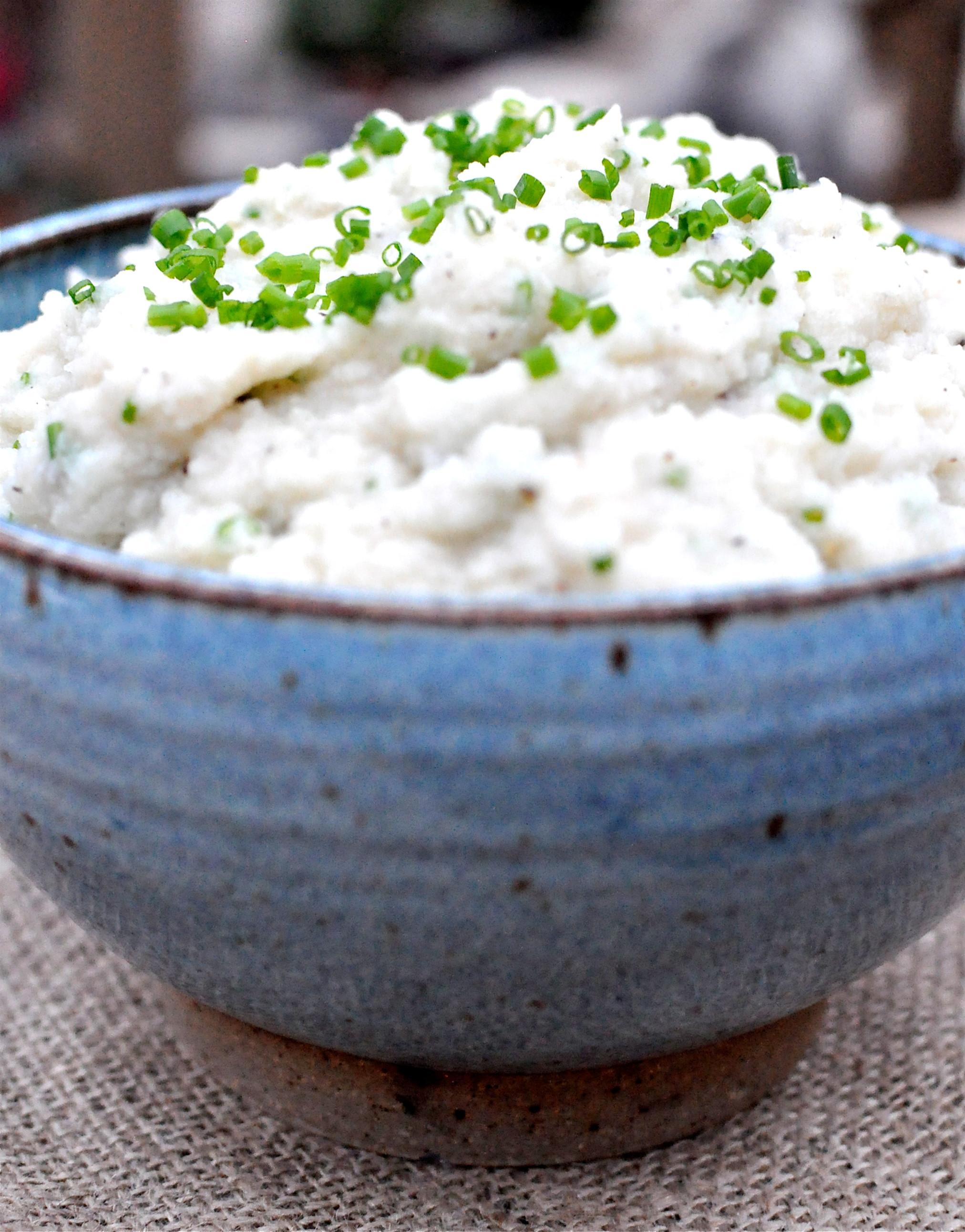 """Paleo Mashed Potatoes  Paleo Cauliflower Mashed """"Potatoes"""" Fed & Fit"""