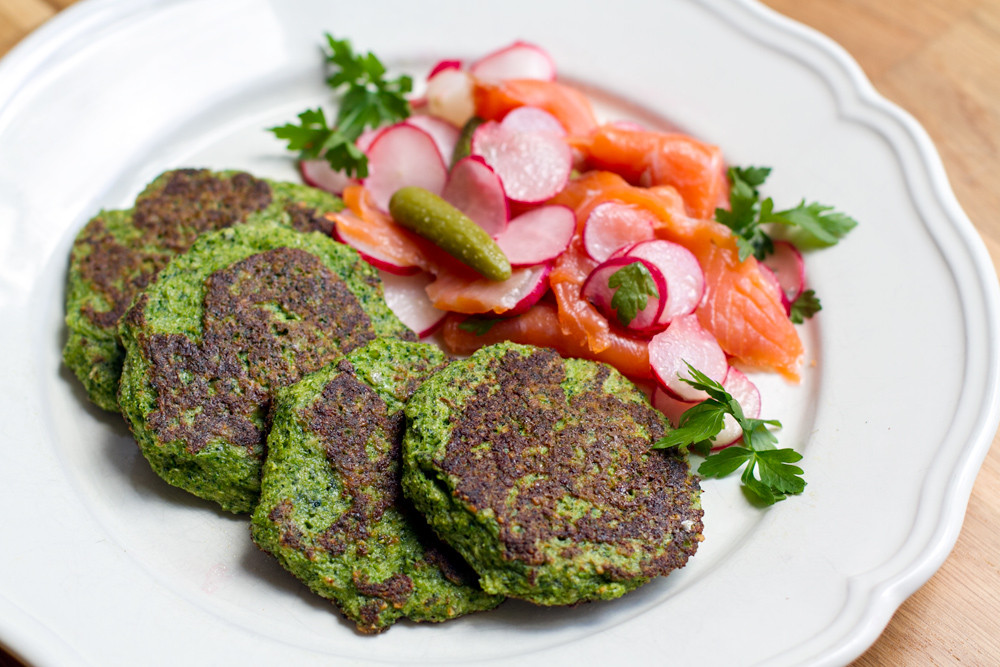 Paleo Vegan Recipes  Paleo Broccoli Pancakes