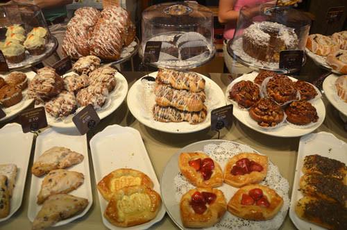 Panera Bread Breakfast Time  Dining Los Angeles