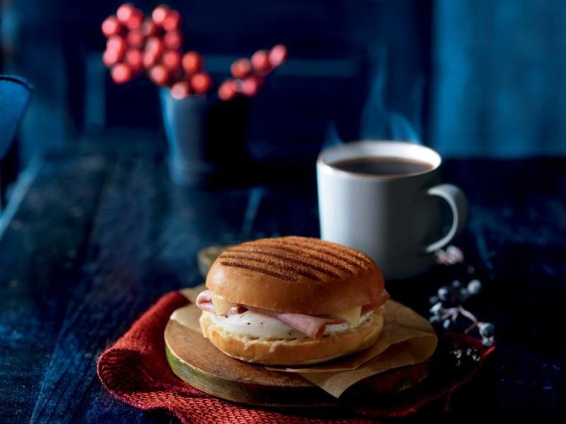 Panera Bread Breakfast Time  News Panera Bread 2012 Seasonal Holiday Menu
