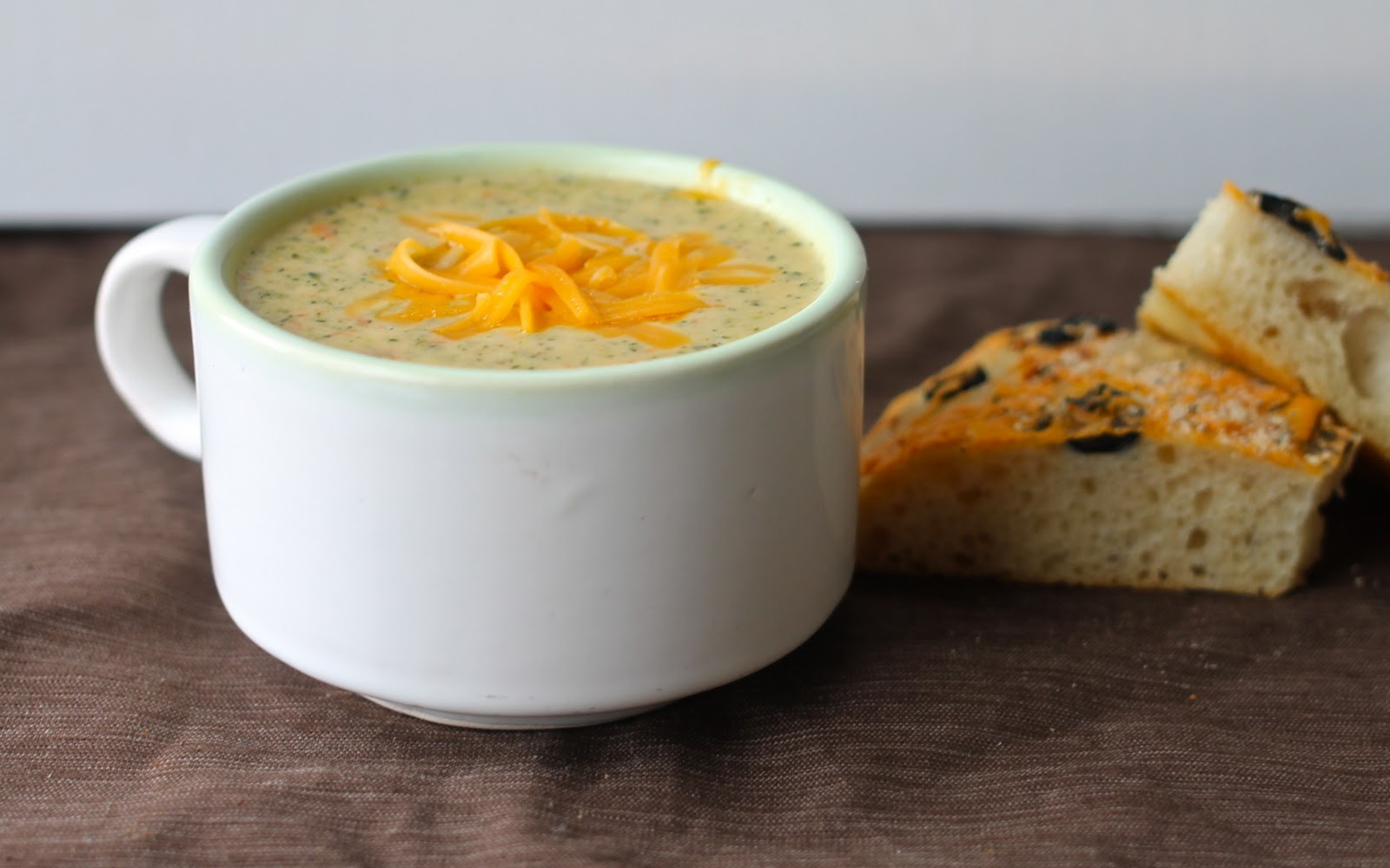 Panera Broccoli Cheddar Soup Recipe  Yammie s Noshery Broccoli Cheese Soup Panera Bread