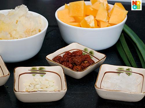 Papaya Dessert Recipe  Papaya Snow Fungus and Almonds Soup Recipe 木瓜雪耳糖水