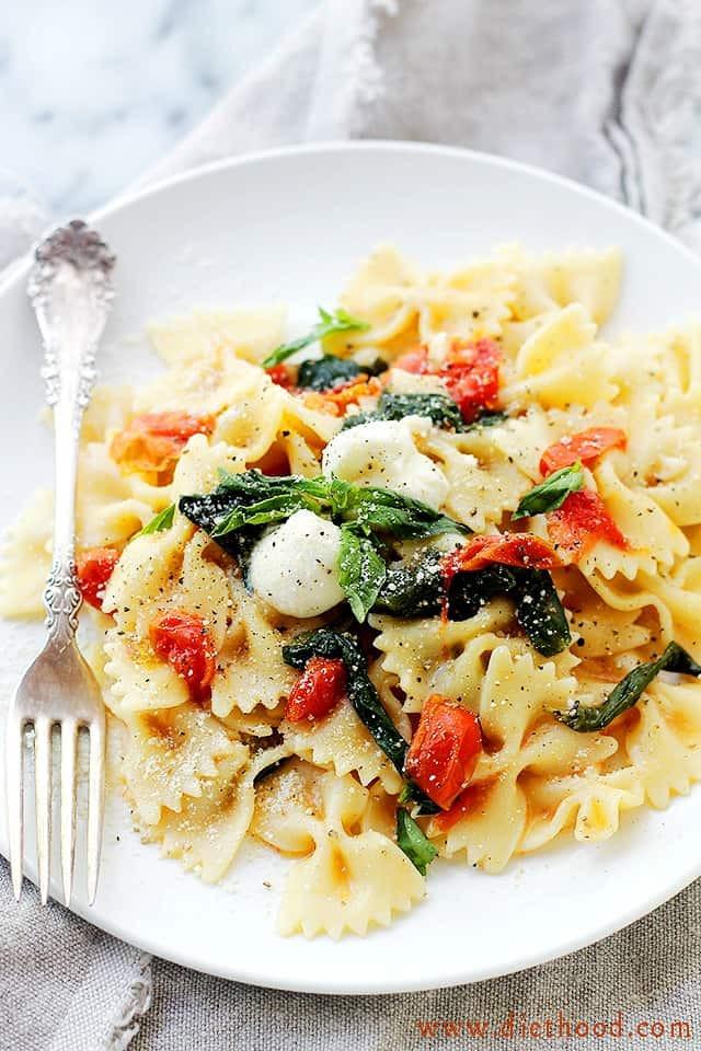 Pasta Dishes For Dinner  e Pot Caprese Pasta Dinner Recipe