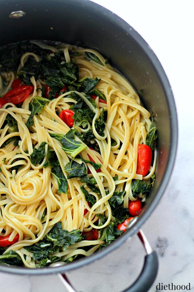 Pasta Idea For Dinner  Kale and Feta e Pot Pasta Recipe