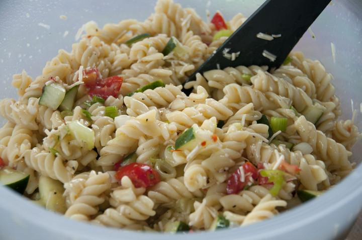Pasta Salad Recipes Easy  simple pasta salad recipes