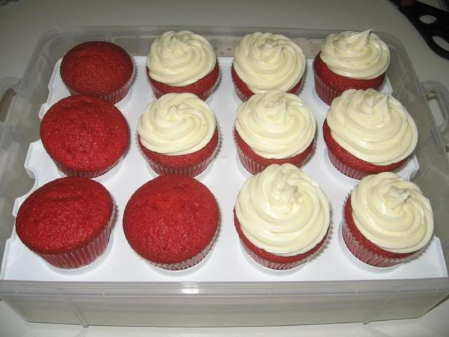 Paula Deen Red Velvet Cake  Paula Deen's Red Velvet Cupcakes with Cream Cheese