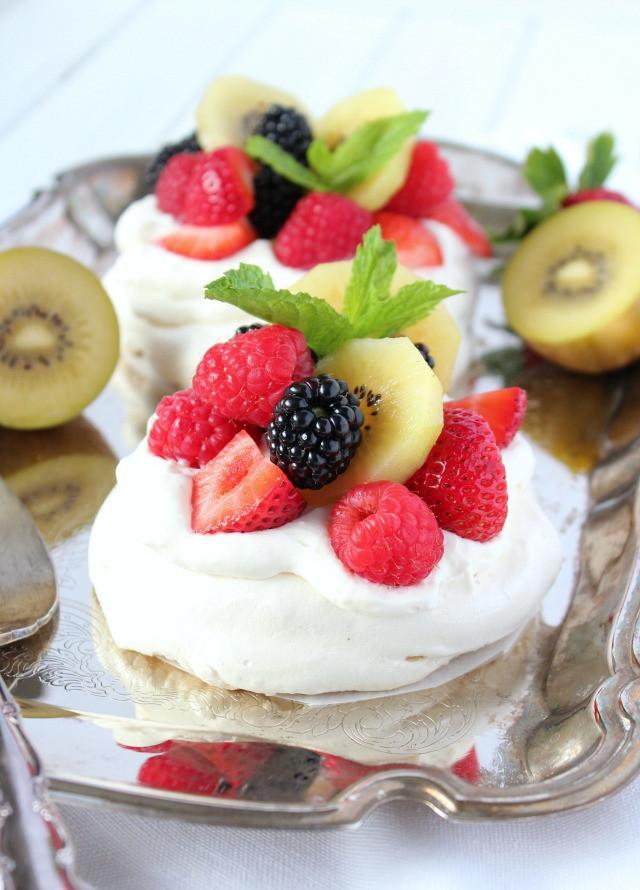 Pavlova Dessert Recipe  Mini Pavlova with Summer Fresh Fruit Satori Design for