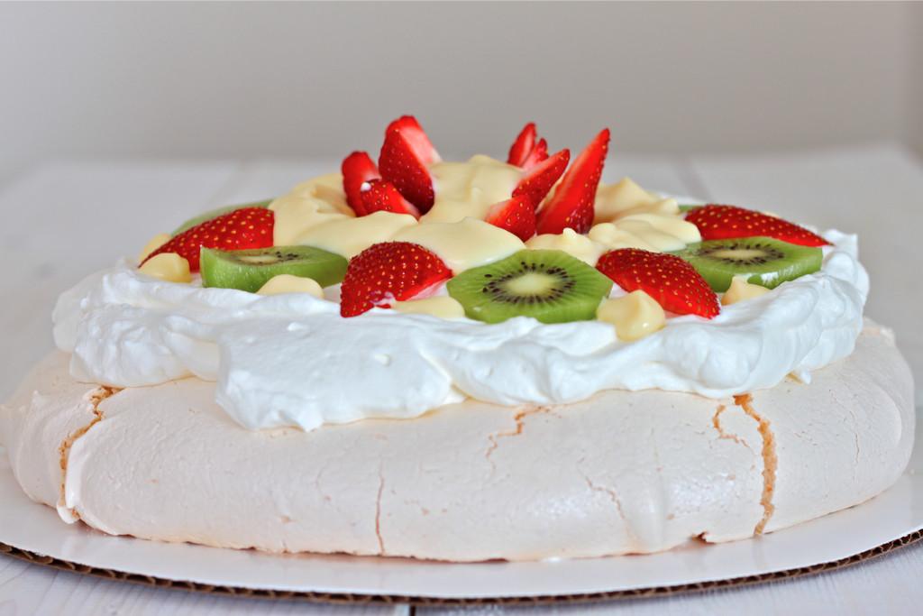 Pavlova Dessert Recipe  Pavlova Style Meringue Dessert with Vanilla Custard – I